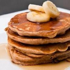 pb banana pancakes