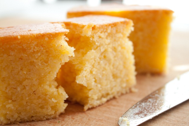 this cornbread is made with oat and corn flour so